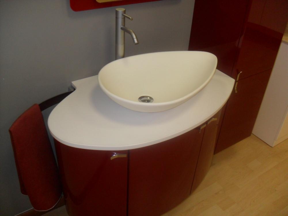 Mobile bagno laccato rosso lucido
