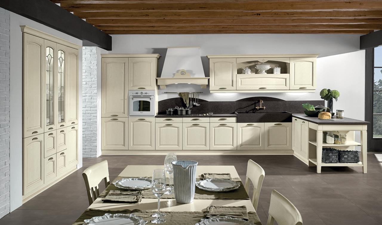 Cucina Classica Arredamento.Cucine Classiche Arredamenti Guerra