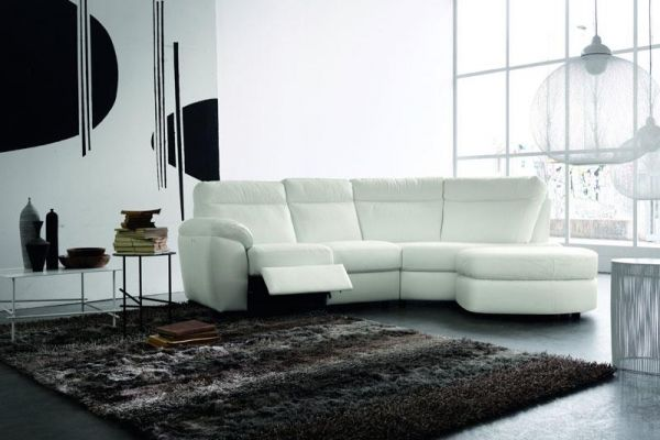 700-doimo-sofas-charlesc509b479-4128-c2a9-2671-3f4e4dcb8137F53D2578-3CA5-B68C-D80F-DCC4E61FB636.jpg